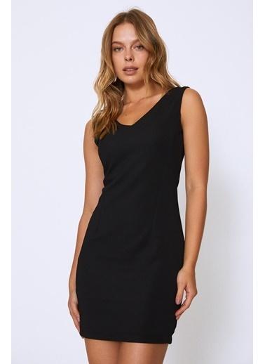 Quzu Arkası Fermuarlı V Yaka Elbise Siyah